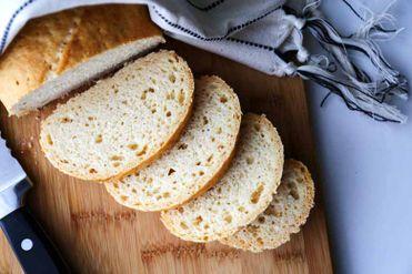 Bezlepkový biely chlieb